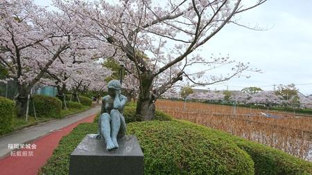 南濠の桜 ブロンズ 少女.jpg