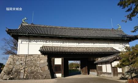 鯱の門 城内より.jpg
