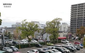 徴古館 駐車場.jpg